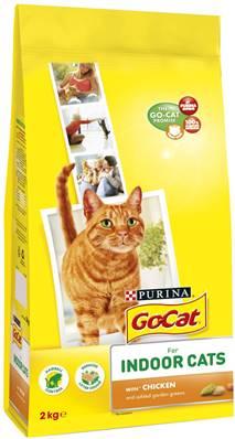 Go Cat Complete Dry Food Indoor with Chicken & added Garden Greens / 2kg
